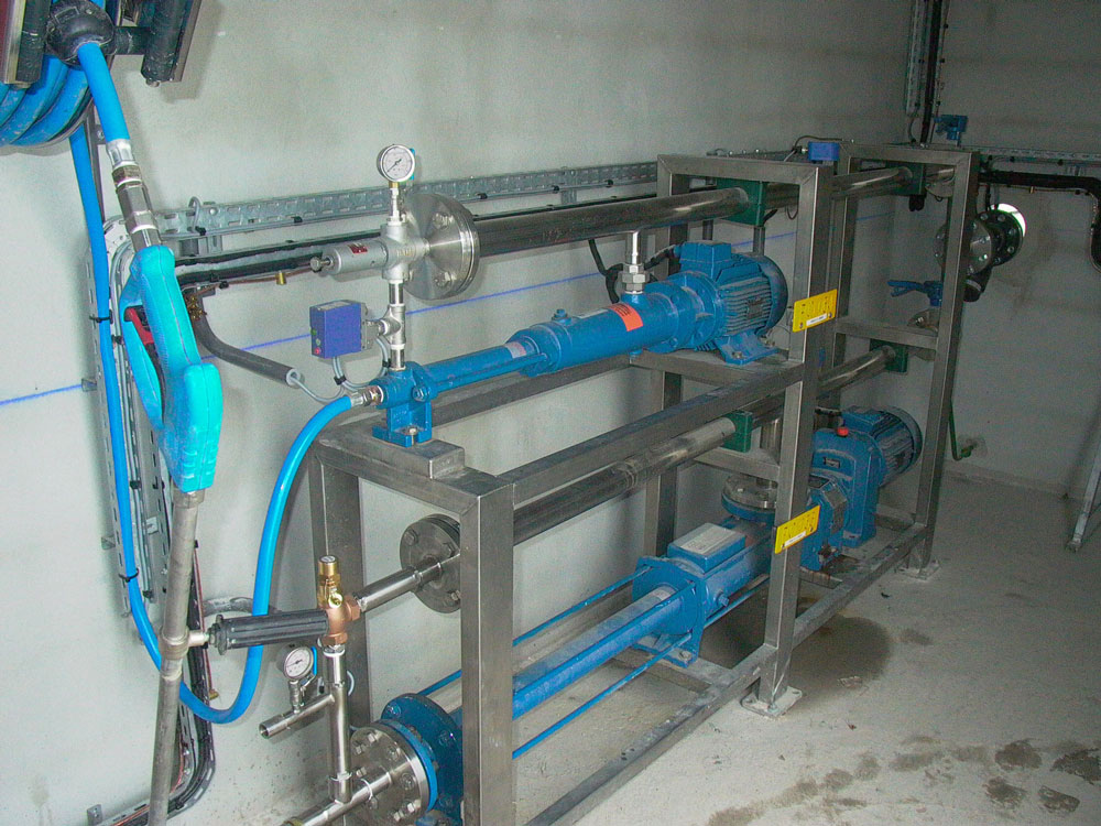 PCM Cleanskid washing system on customer site