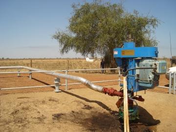 Systèmes de pompage pour le pétrole léger et moyen