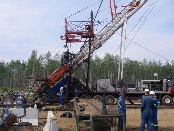 Systèmes de pompage pour la récupération thermique assistée des hydrocarbures
